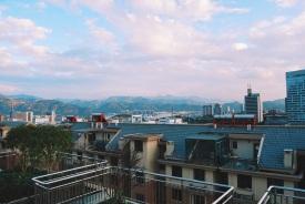 LIshui z dachu mieszkania mojego przyjaciela