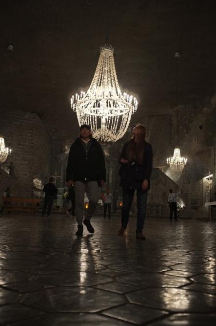 Edward i Magdalena w komnacie św. Kingi