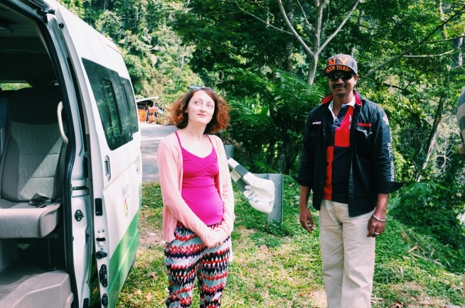 moja siostra z naszym kierowcą - Thiru