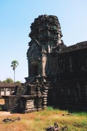 zewnętrzne mury Angkor Wat