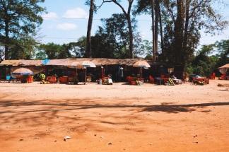 obecna w Angkorze mała gastronomia