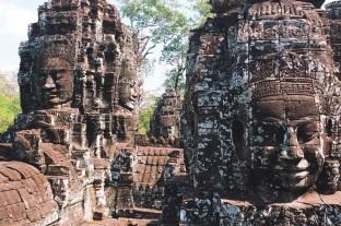 wieże-głowy władcy Jayavarmana VII