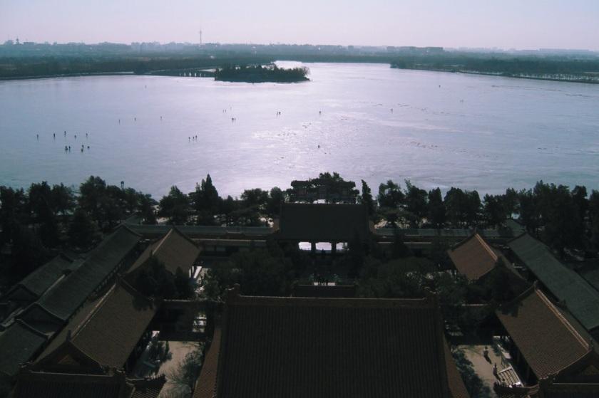 widok na jezioro Kunming