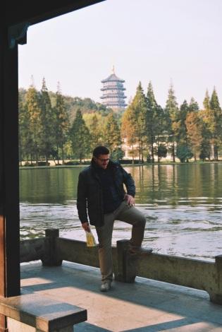 życie nad Jeziorem Zachodnim: ja na spacerze