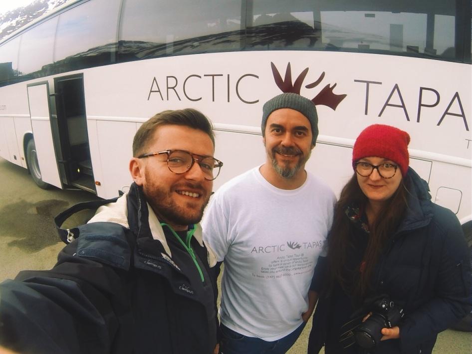 z Bentem i Magdaleną po kolacji w Arctic Tapas