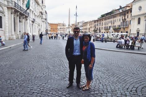 z mamą na Piazza Navona