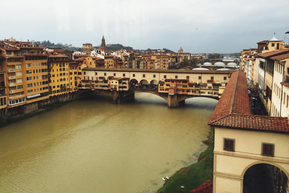 Ponte Vecchio widziany z Uffizi