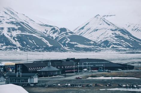 budynek uniwersytetu polarnego